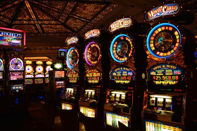 Игровые автоматы-мульти онлайн казино с моментальным выводом денег на карту