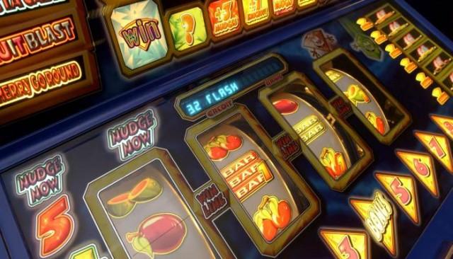 Играть в игровые автоматы бесплатно 77 ultra hot